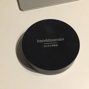 Bare Minerals -Bare Pro foundation